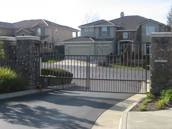 Neighborhood Gates - San Diego